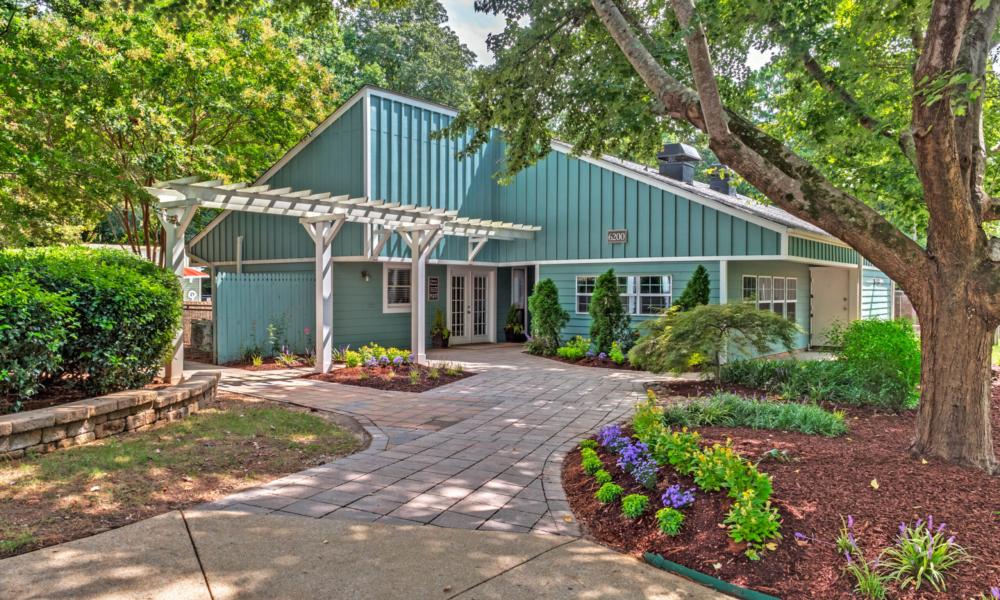 Lynnwood Park Leasing Office Entrance Raleigh